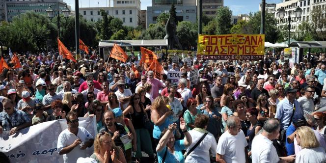 Manifestation des fonctionnaires grecs, le 18 septembre 2013, à Athènes.