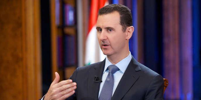 « La Syrie annonce sa participation avec une délégation officielle munie des directives du président Bachar Al-Assad et des revendications du peuple syrien, avec en premier lieu l'anéantissement du terrorisme », a affirmé une source au ministère des affaires étrangères syrien, citée par l'agence officielle SANA. Ici, Bachar Al-Assad lors d'une interview donnée à la chaîne américaine Fox News, à Damas, le 18 septembre dernier.