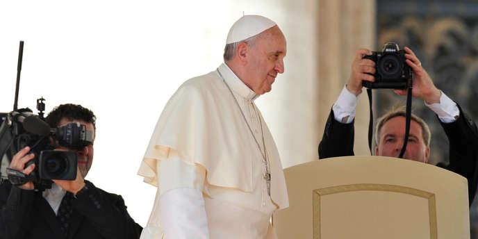 Le pape au Vatican, le 18 août.