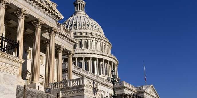 Le Congrès se divise comme à chaque session parlementaire sur le budget et le plafond de la dette.