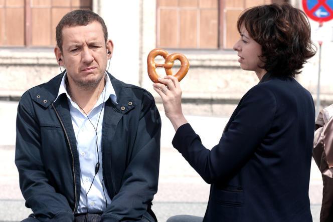 Dany Boon et Valérie Bonneton dans le film français d'Alexandre Coffre,