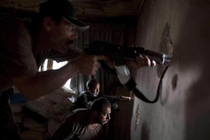 Combattants rebelles le 19 septembre dans le district d'Alep.
