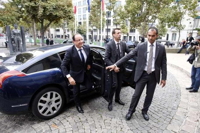 François Hollande à son arrivée au Conseil économique et social, le 20 septembre 2013, Paris.