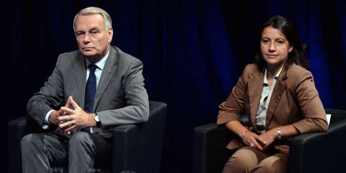 Jean-Marc Ayrault et Cécile Duflot, ministre écologiste du logement, le 5 septembre à Strasbourg.