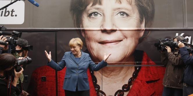 La chancelière allemande est aussi insaisissable, énigmatique que populaire et rassembleuse.
