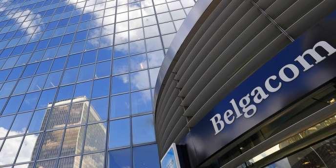 L'opérateur Belgacom a été victime de piratages de 2011 à 2013 par les services de renseignement britanniques au profit des « Five Eyes Community » : Etats-Unis, Canada, Australie et Nouvelle-Zélande.