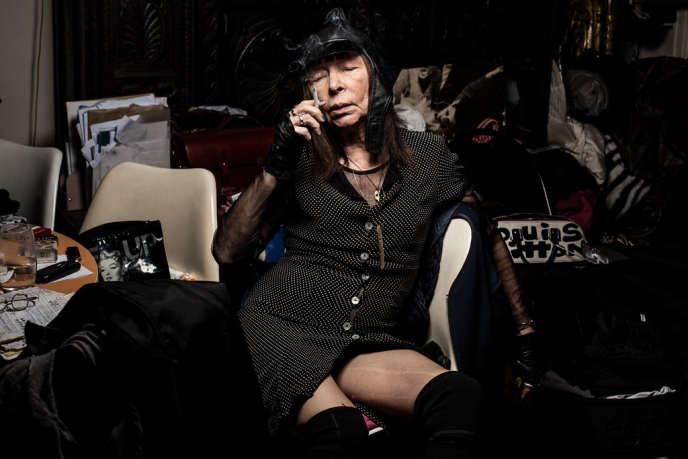 Brigitte Fontaine, chez elle, à Paris, le 20 septembre 2013.