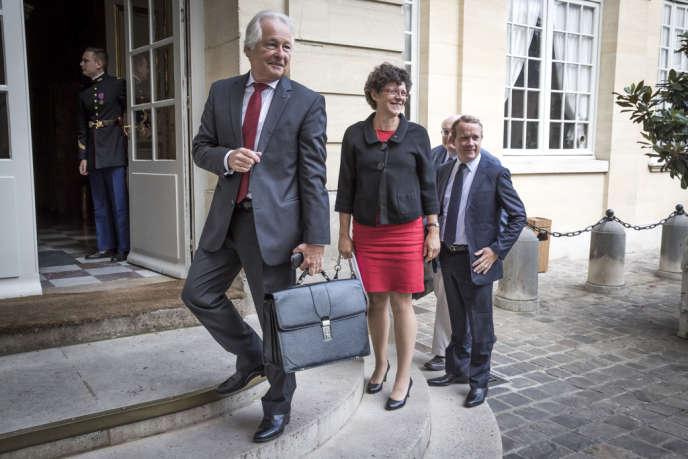Jean-Marc Ayrault reçoit Jean-François Roubaud et une délégation de la CGPME à Matignon dans le cadre de la journée de concertation sur les retraites, le 26 août 2013.