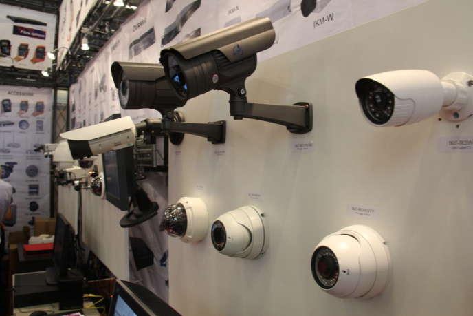 Concernant la vidéosurveillance, en France, les lois s'assouplissent une à une.