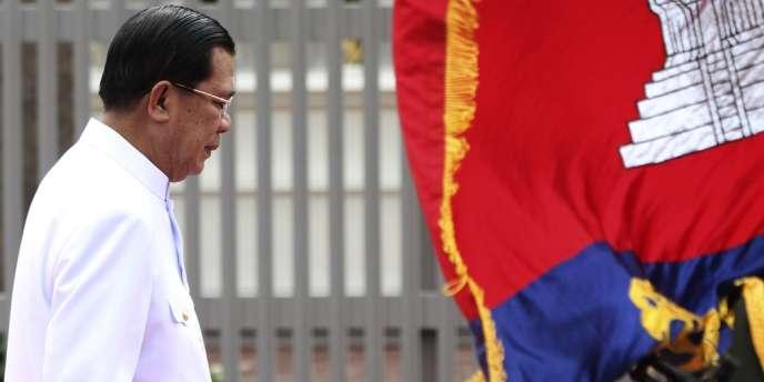 Le premier ministre cambodgien Hun Sen a été reconduit dans ses fonctions par le Parlement. Ici, le 23 septembre à Phnom Penh.