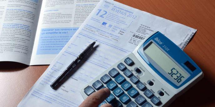 Une feuille de déclaration des revenus de 2012.