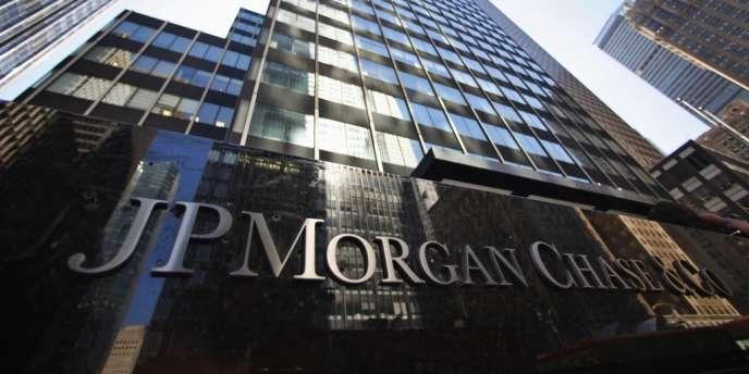 La banque new-yorkaise se voit également réclamer 13 milliards de dollars supplémentaires par l'Etat fédéral et divers organismes publics.