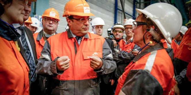 François Hollande visite le site sidérurgique Arcelor-Mittal Sainte Agathe de Florange, jeudi 26 septembre 2013.