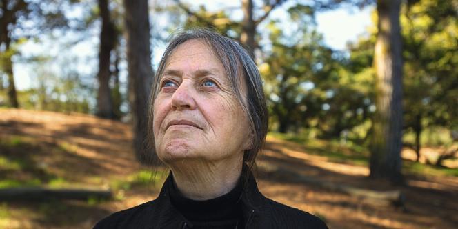 A la demande des fidèles de sa communauté, Maria Eitz, théologienne allemande de 72 ans, est devenue la première femme prêtre catholique de San Francisco.