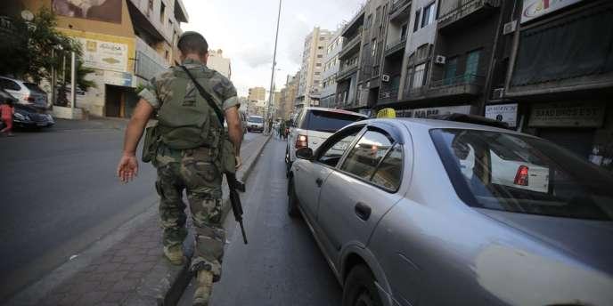 Le Hezbollah a mis en place des points de contrôle dans ses fiefs au Liban, comme ici dans la banlieue sud de Beyrouth.
