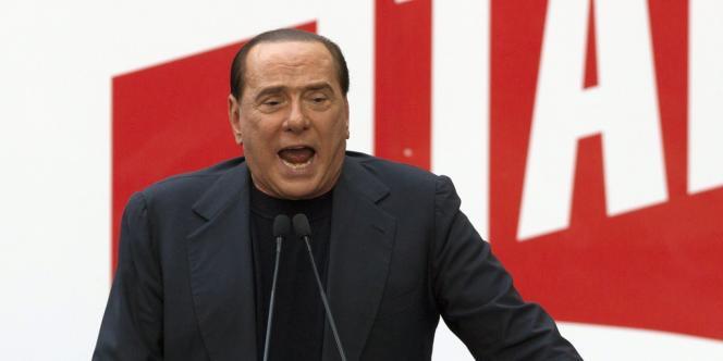 En provoquant une crise politique en Italie, Silvio Berlusconi veut aux juges.