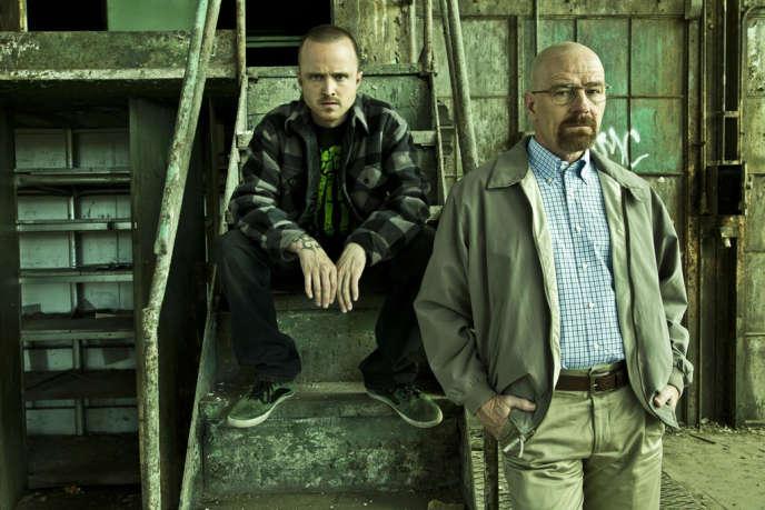 Aaron Paul et Bryan Cranston dans la série américaine « Breaking Bad ».