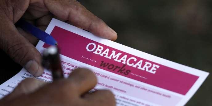 Les républicains veulent forcer Barack Obama à renoncer à sa réforme du système de santé.