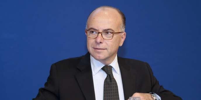 Le ministre du budget Bernard Cazeneuve, le 26 septembre.