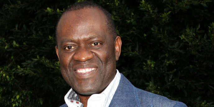 L'écrivain Alain Mabanckou lors d'une réception à Beverly Hills (Californie) en mars 2011.