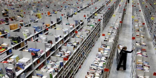 La gratuité des frais de port, composante importante de la stratégie d'Amazon, coûte 5,1 milliards de dollars (3,7 milliards d'euros) au niveau mondial au géant américain, selon le SLF.