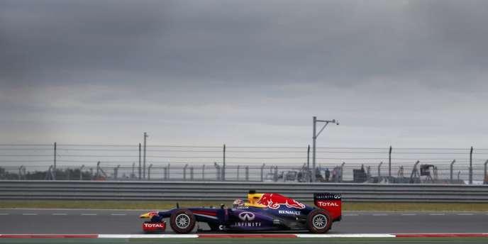 La Red Bullrenault de Sebastian Vettel, à Yeongam, le 6 octobre 2013.