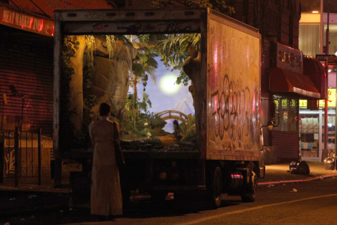 Tag de Banksy réalisé le 5 octobre 2013 sur un camion de livraison new-yorkais.