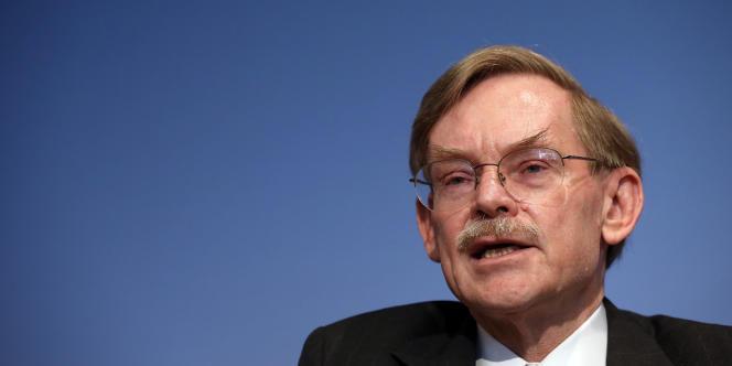 Goldman Sachs a annoncé avoir recruté comme conseiller l'ancien président de la Banque mondiale, Robert Zoellick.