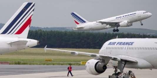 Avions de la compagnie Air France, le 1erjuin2012 à Roissy.