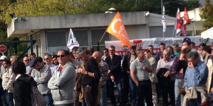 Les salariés d'Alcatel-Lucent du site d'Orvault, le 9 octobre.