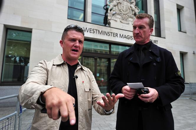 Tommy Robinson (à gauche), cofondateur de l'English Defense League, le 11 septembre à Londres.