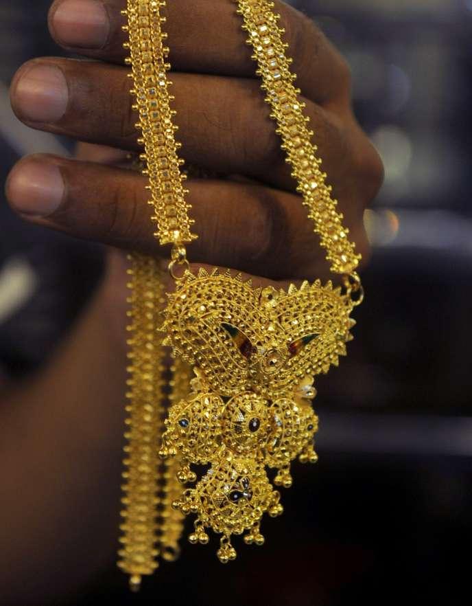 Les multiples fêtes hindoues, les 10 millions de mariages par an ainsi que la quête de sécurité économique sont autant de prétextes pour acheter de l'or.
