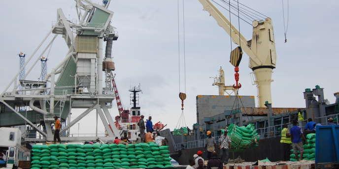 Le port de Conatry.