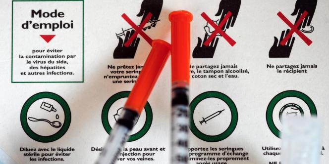 Un kit d'injection de drogues dans le bus de l'association Gaïa.
