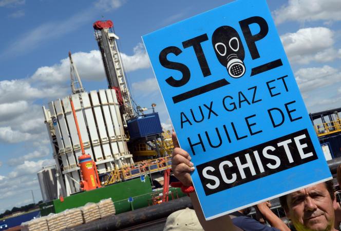 Manifestations contre le gaz de schiste près de Jouarre, en Seine-et-Marne, le 3 août 2013.