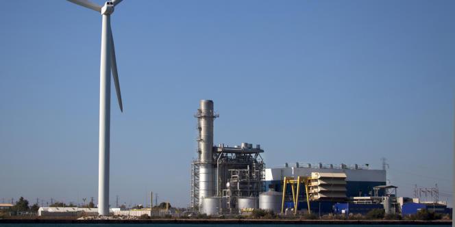La centrale électrique au gaz naturel GDF Suez Combigolfe, à Fos-sur-Mer (Bouches-du-Rhône).
