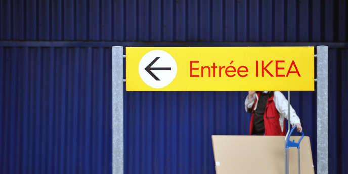 Le patriarche Ingvar Kamprad n'était plus le PDG du géant scandinave de l'ameublement depuis 1986. Mais, au grand dam de ses fils, il avait conservé les droits sur la marque Ikea.