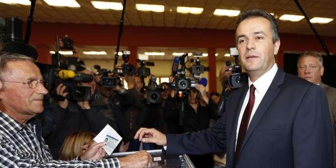 Le candidat frontiste aux élections cantonales partielles de Brignoles, dans le Var, Laurent Lopez.