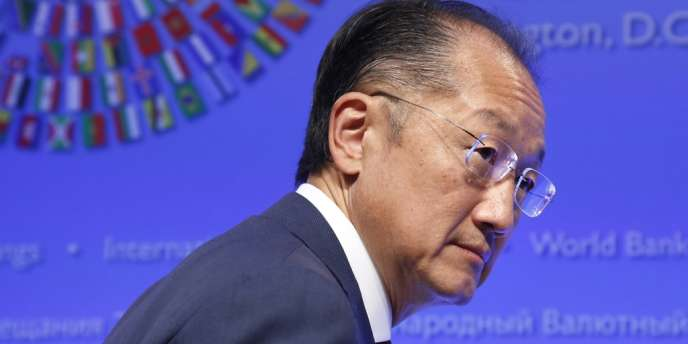 Le Compliance Advisor Ombudsman indique que des articles de presse concernant le propriétaire de la société Corporacion Dinant auraient dû servir d'alerte, dans la mesure où la réputation de la Banque mondiale, présidée par Jim Yong-kim, était susceptible d'être atteinte.