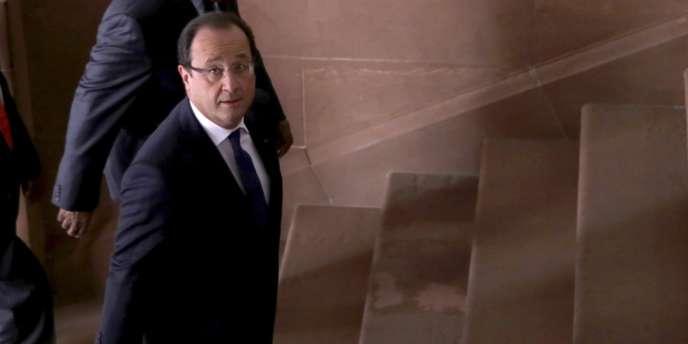 En visite en Afrique du Sud, le président François Hollande a souligné lundi 14 octobre