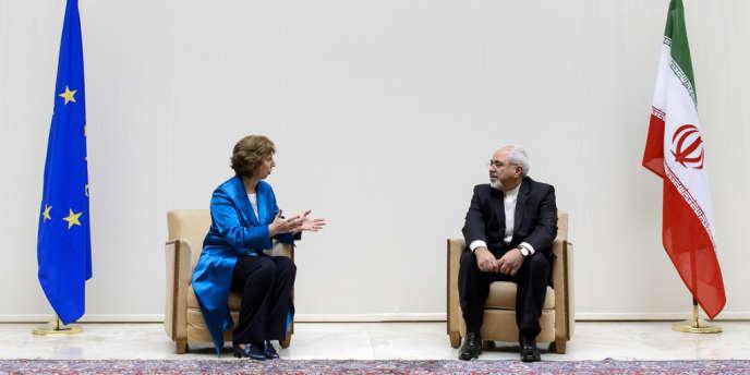 Catherine Asthon, représentante de l'Union pour les affaires étrangères et la sécurité et Mohammad Javad Zarif, ministre iranien des affaires étrangères lors des négociations entre l'Iran et les