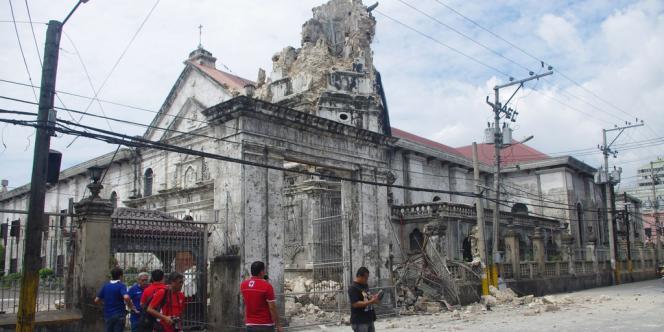 Photo de la basilique Minote del Santo Niño, la plus ancienne de la région de Cebú, partiellement détruite par le tremblement de terre, prise le 15 octobre.