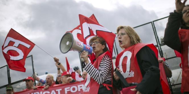 Plusieurs milliers de personnes ont défilé mardi, qualifiant la réforme des retraites d'erreur historique