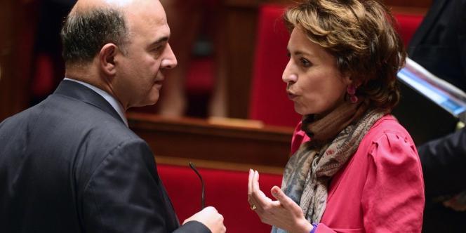 Pierre Moscovici et Marisol Touraine à l'Assemblée nationale lors du vote sur la réforme des retraites.