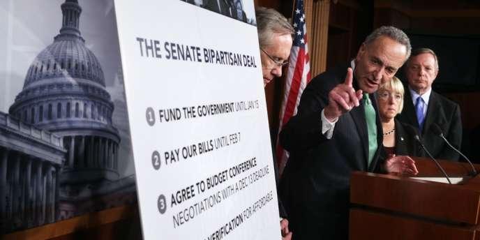 Démocrates et républicains ont conclu mercredi un accord in extremis, évitant au pays un défaut de paiement. Mais pour la presse américaine, les ennuis ne sont pas terminés pour autant.