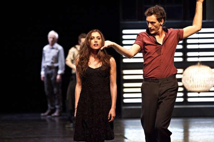 La chanteuse Olivia Ruiz et le danseur Thierry Verger dans