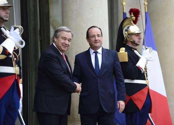 Antonio Guterres et François Hollande, le 16 octobre à Paris.