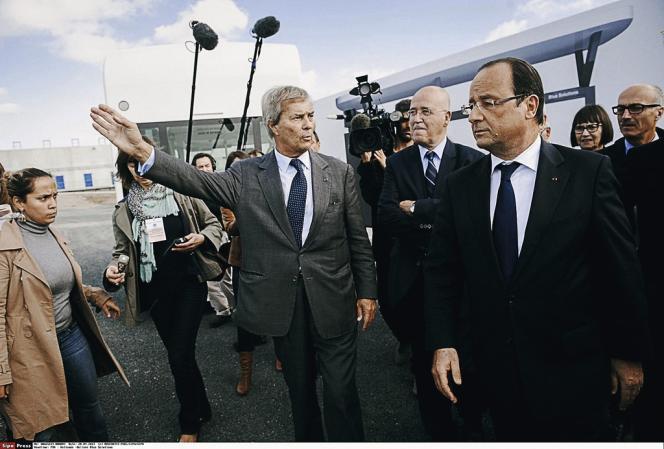 Lors de la visite de François Hollande à Ergué-Gabéric, avec Bernard Poignant, maire de Quimper, en septembre dernier.