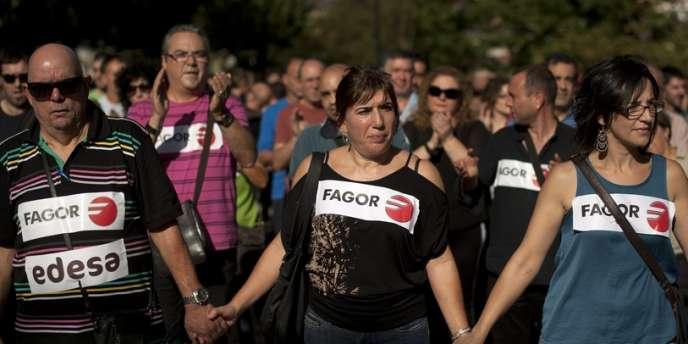 Les salariés de Fagor Electrodomesticos, le 18 octobre, dans les rues d'Arrasate-Mondragon.