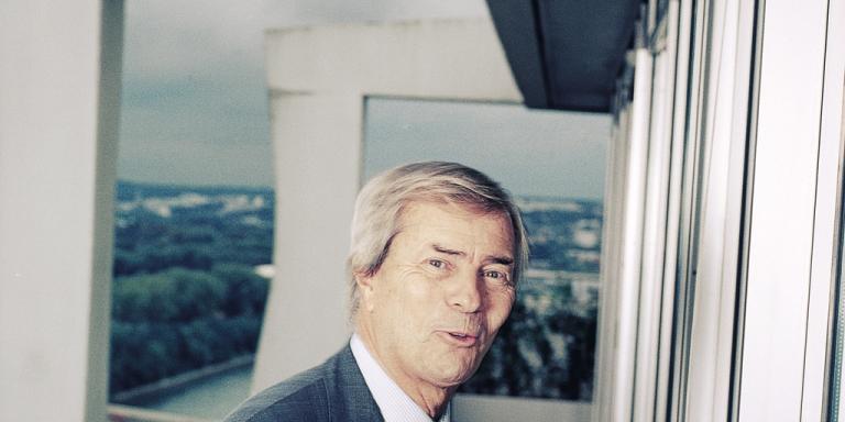 Vincent Bolloré, au siège de son groupe, à Puteaux, dans l'ouest de Paris, le 11 octobre 2013.